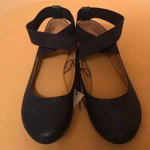 NY & Co. women's ballerina style shoes w/Strap NWT